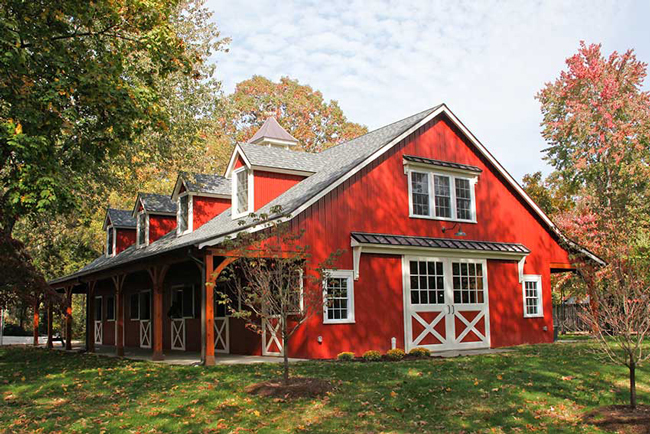 6 Beautiful Red Horse Barns - STABLE STYLE